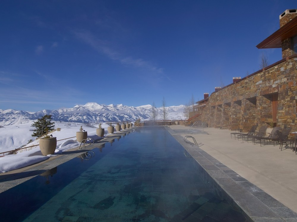 amangani_pool_terrace_3_1.jpg