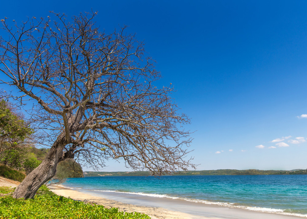 South_America_Costa_Rica_Four_Seasons_Beach.jpg