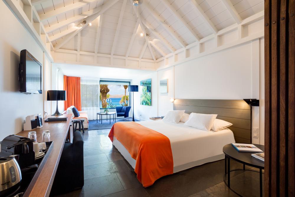 caribbean_StBarths_Hotel_Christopher_Ocean Junior Suite 1.jpg