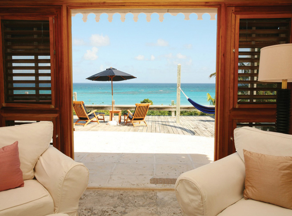 Caribbean_Bahamas_HarbourIsland_PinkSands_OceanView.jpg