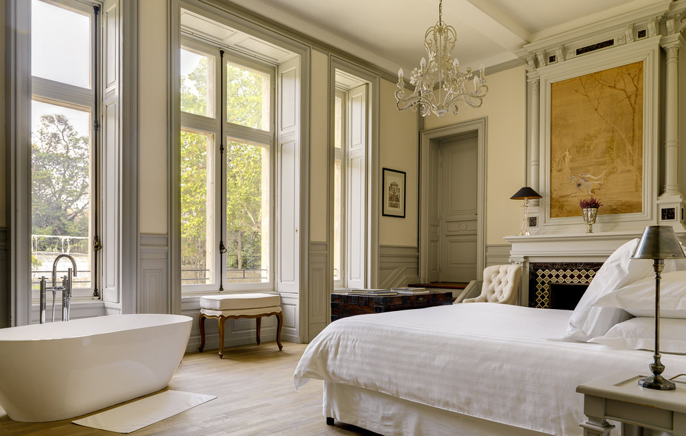 1-master bedroom.jpg