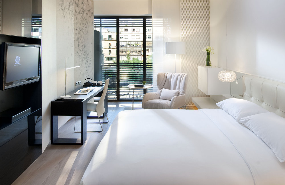 barcelona-room-deluxe-terrace-room-3.jpg