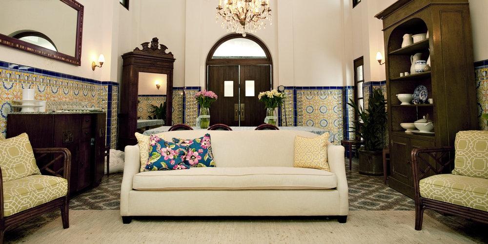 South America-Panama-Panama City-Las Clementinas-Lounge.jpg