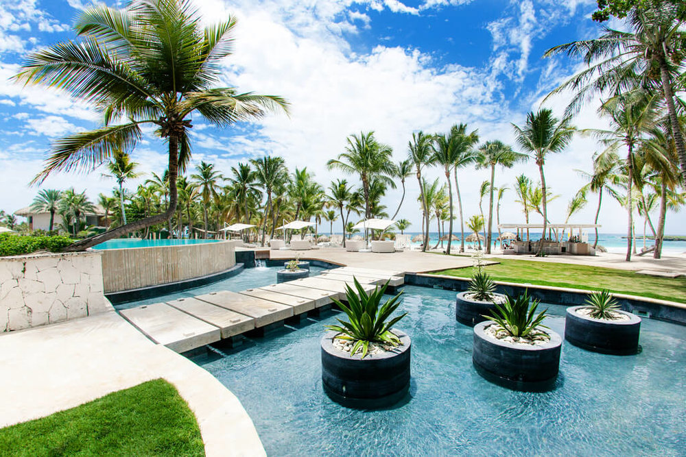 Beach Club Eden Roc Cap Cana.jpg