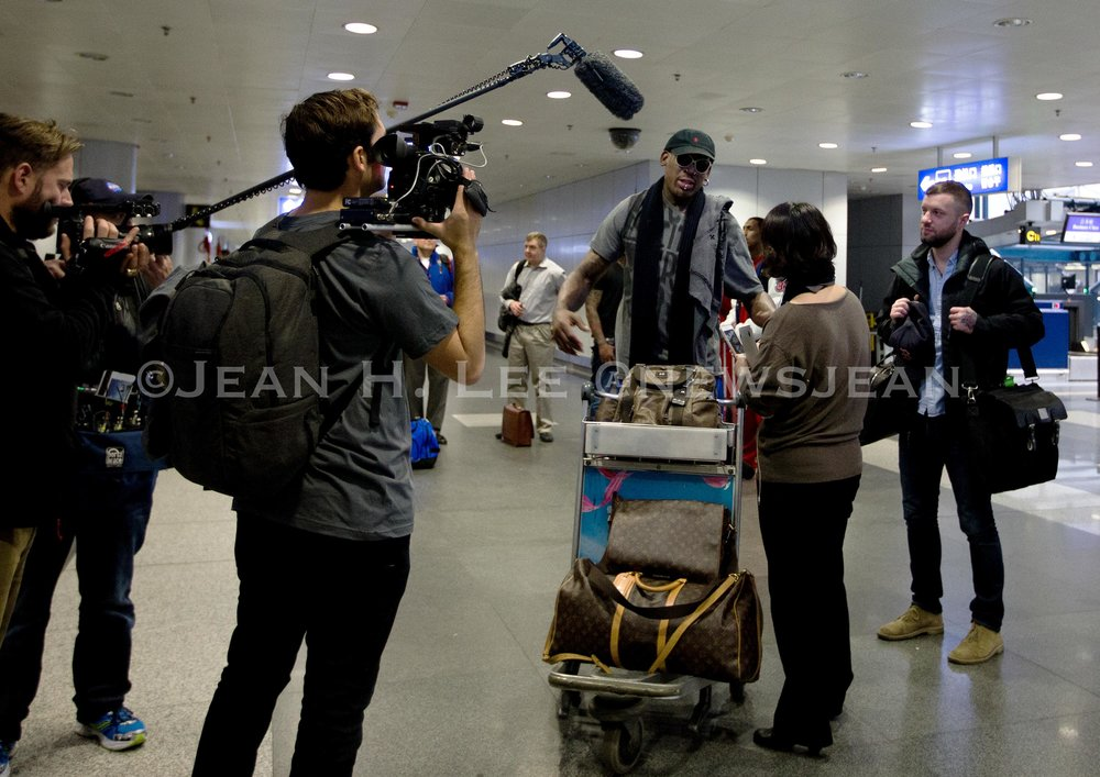 Interviewing Dennis Rodman before breaking the story about his first trip to North Korea. Photo credit: Andy Wong.