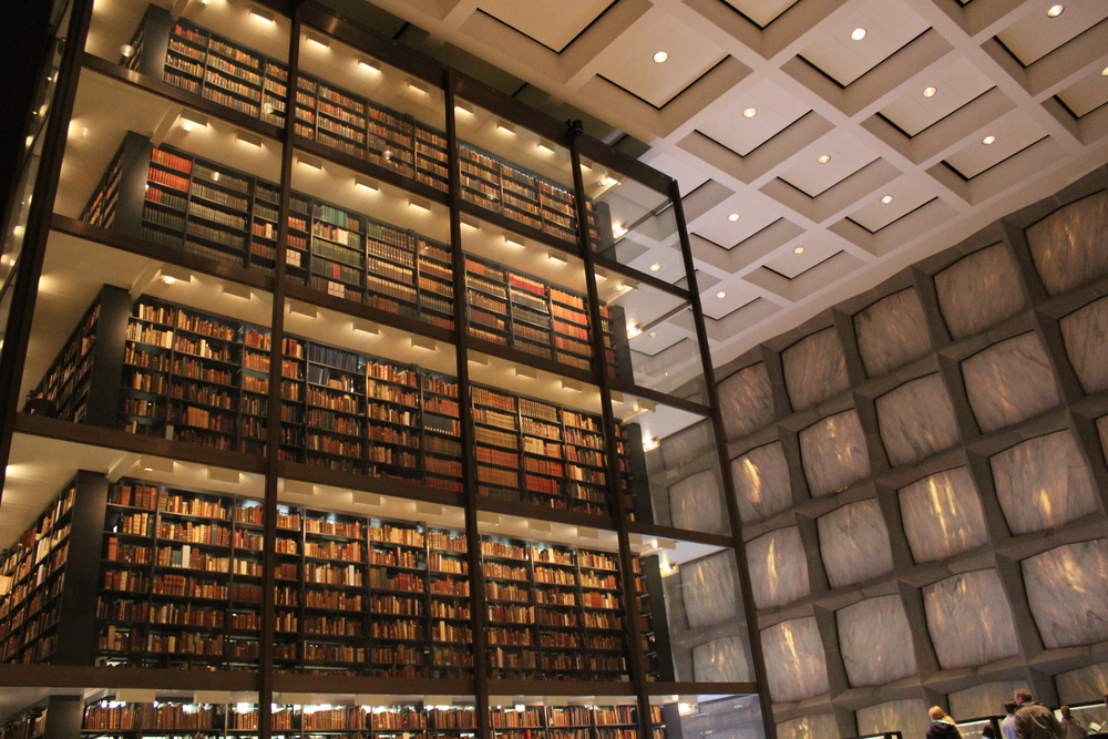 Beineke Rare Book Library.JPG