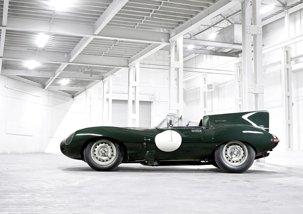 1955_57_Jaguar_D_Type_01.jpg