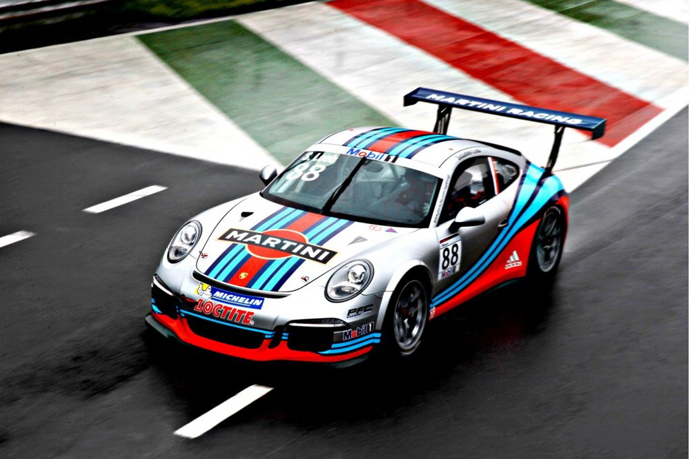 2013-porsche-911-gt3-cup-with-martini-livery_100426521_l.jpg