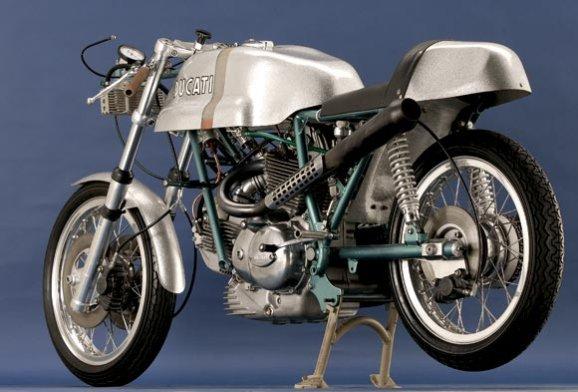 Deposito Fibra de Vidrio Réplica Ducati Imola