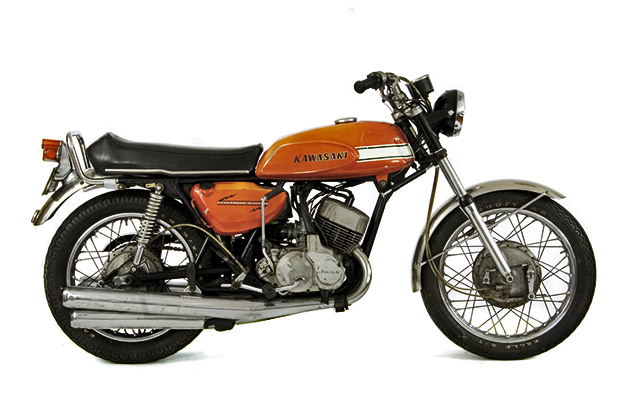 The 1969-75 Kawasaki H1 Mach III — 95 Customs