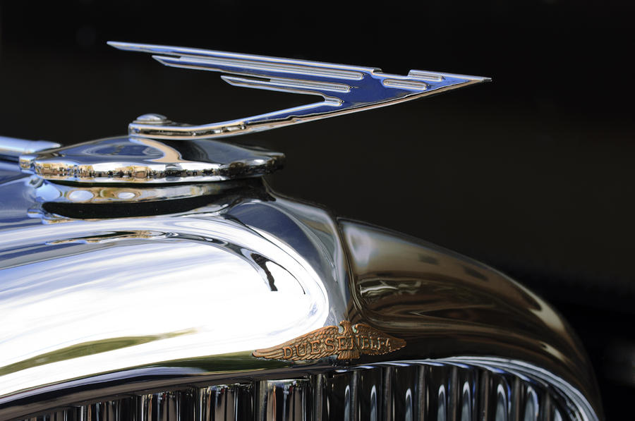 Duesenberg grille and radiator cap - a level of attention to detail from another era