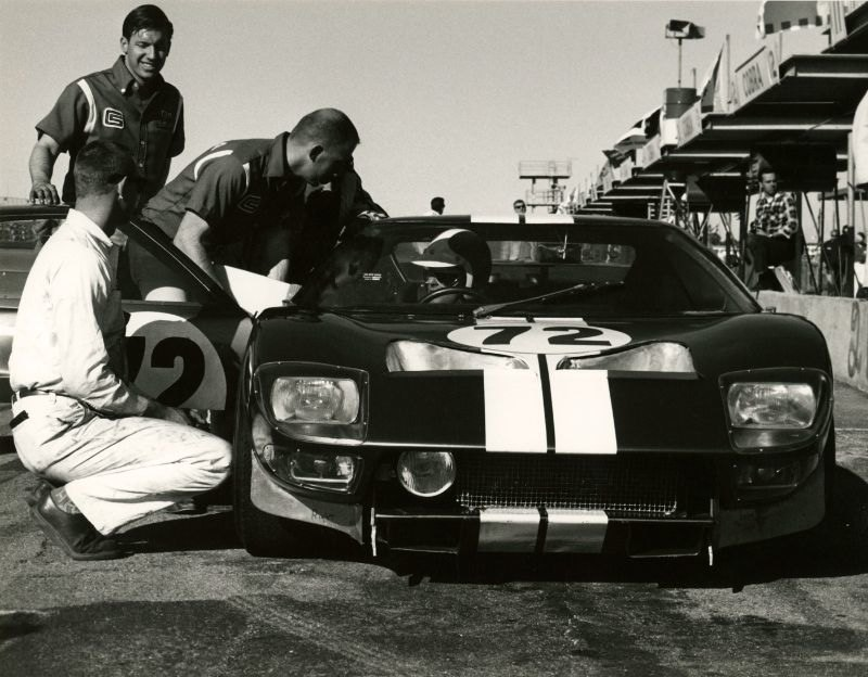 The 1965 Daytona 24 hour pits - Ginther with Bondurant