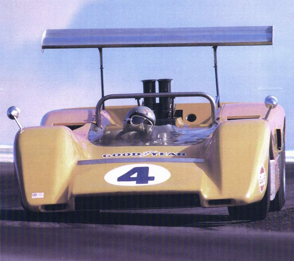The McLaren M8B