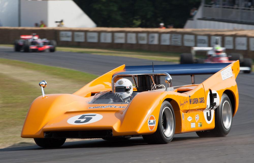The McLaren M8D
