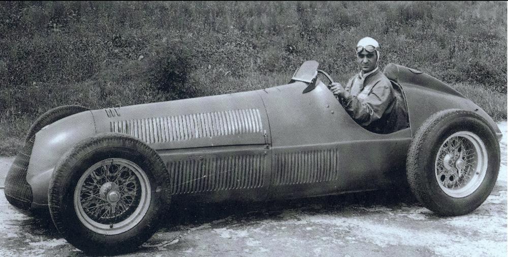 Alfa_Romeo-158_1947_1280x960_wallpaper_01.jpg
