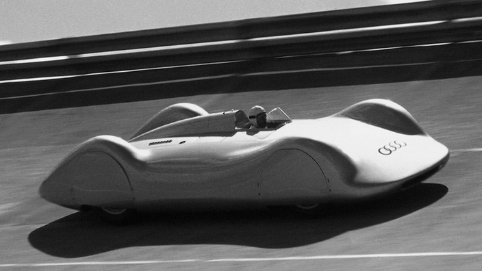 The 1937 Auto Union Type C Streamliner 95 Customs