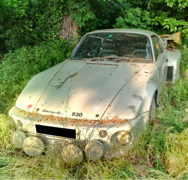 An Unfortunate Collection Of Abandoned Race Cars 95 Customs