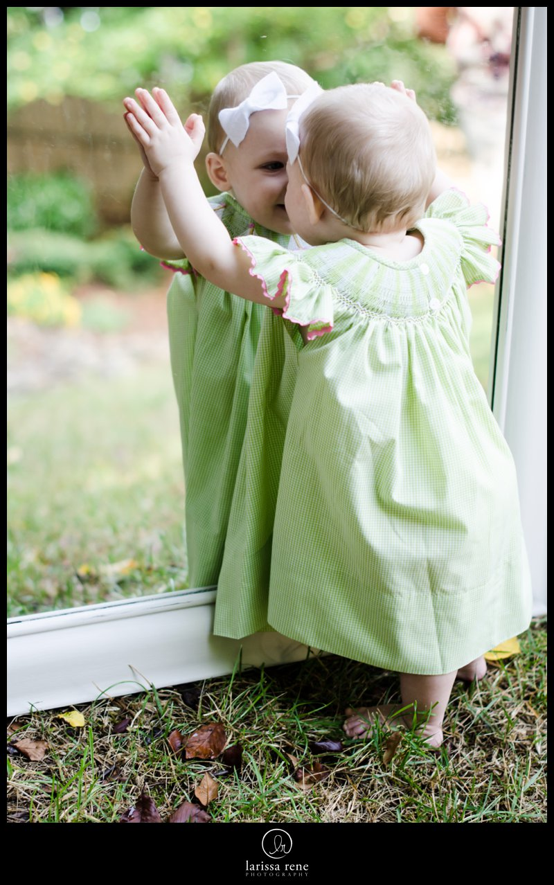 baby girl looking into mirror pinterest idea atlanta photography alpharetta photography