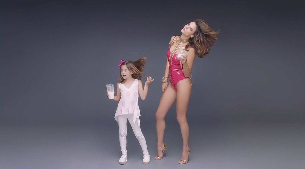 Fergie M.I.L.F  Alessandra and Daughter