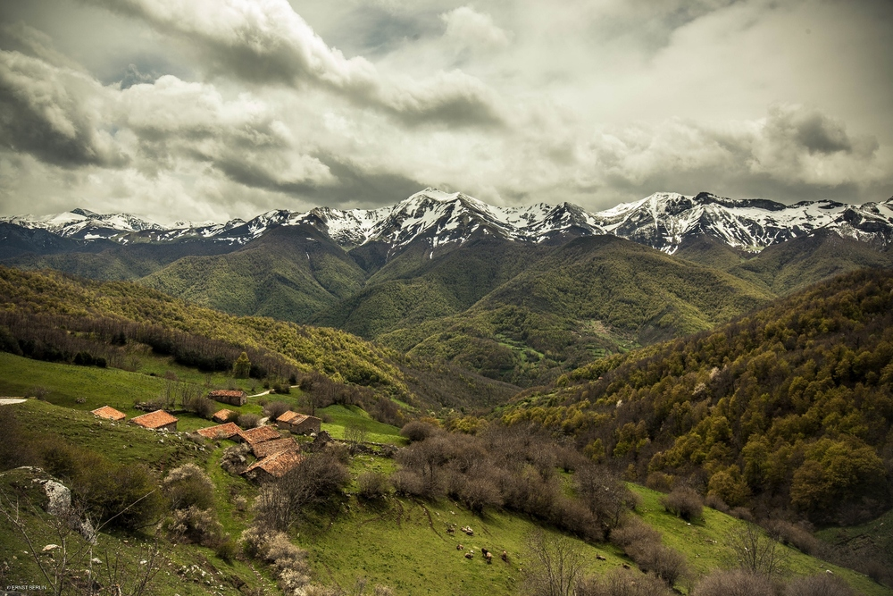 70-Picos with Cottages (1500x1000).jpg