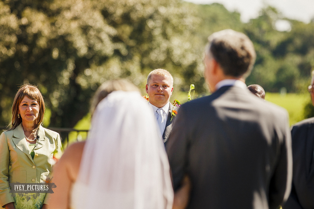 grooms face when bride is walked down the isle