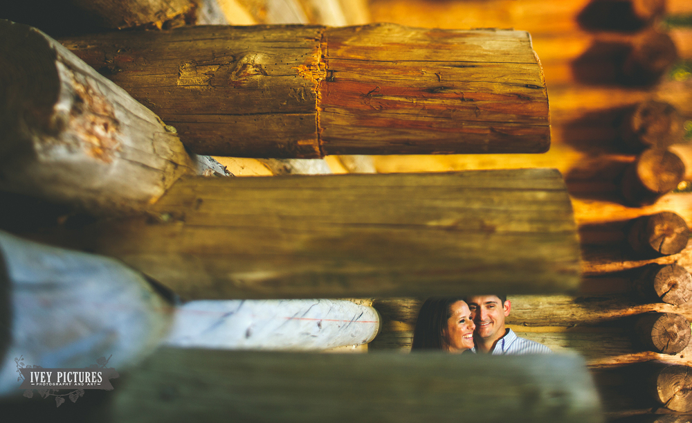 log cabin engagement photos in florida
