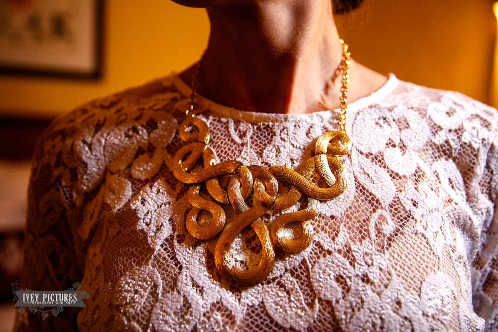 brides necklace.jpg