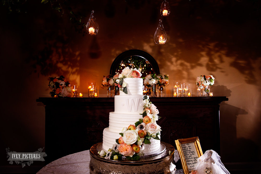 Wedding cake by Cindy Lunsford