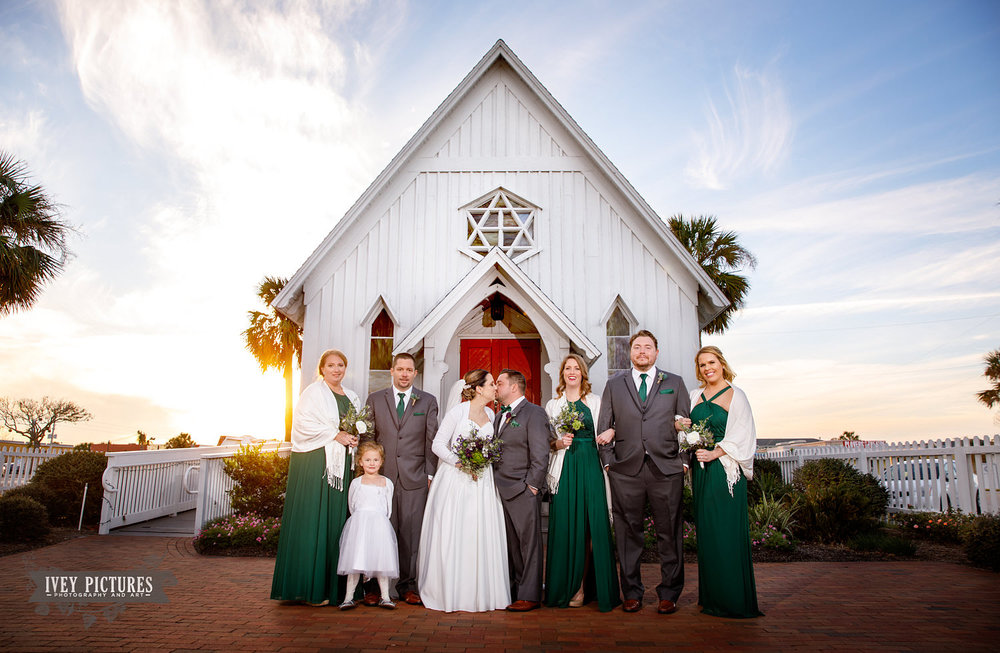 wedding party photos in jax beach