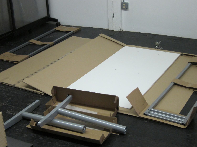 IKEA Galant Desk Assembly — PK Shiu 邵家麒