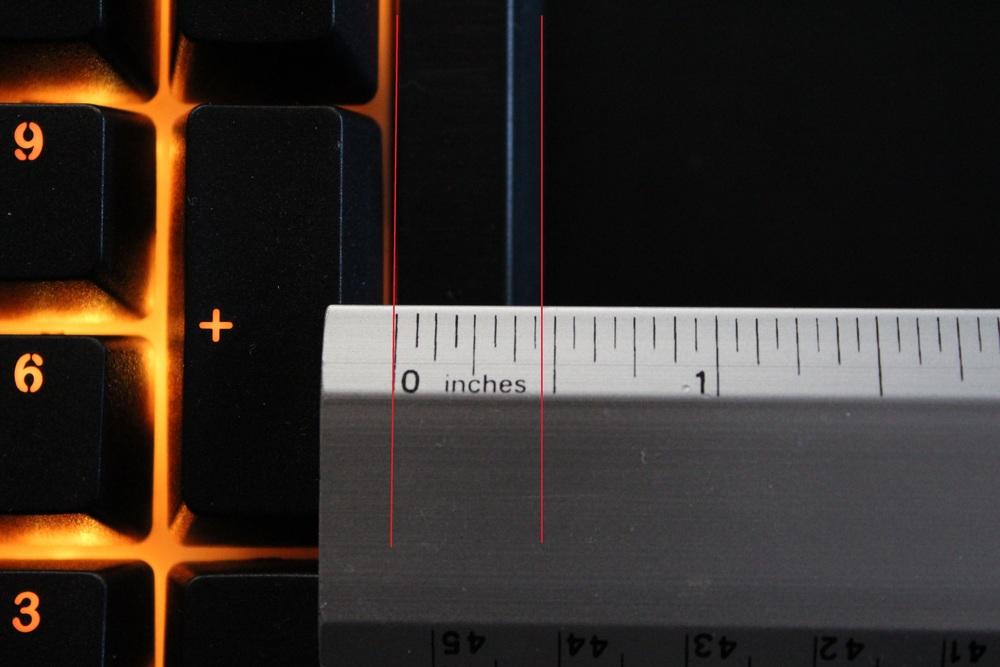 """Keyboard bezel width: .45"""" (1.15cm)"""