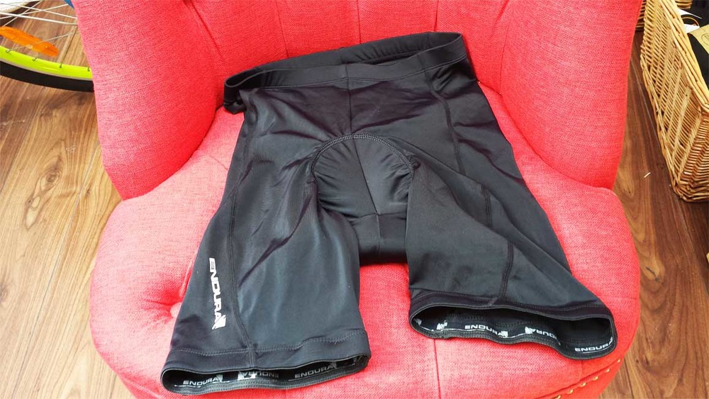 Endura Men's 6 panel shorts in black, £24.99.