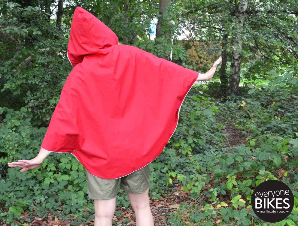 Otto Poncho - Bright Red
