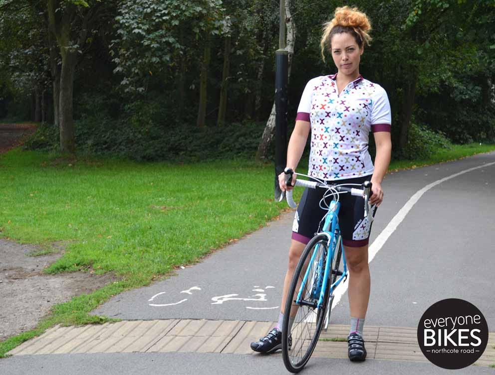 Morvelo Rue Womens Jersey & Bib-shorts