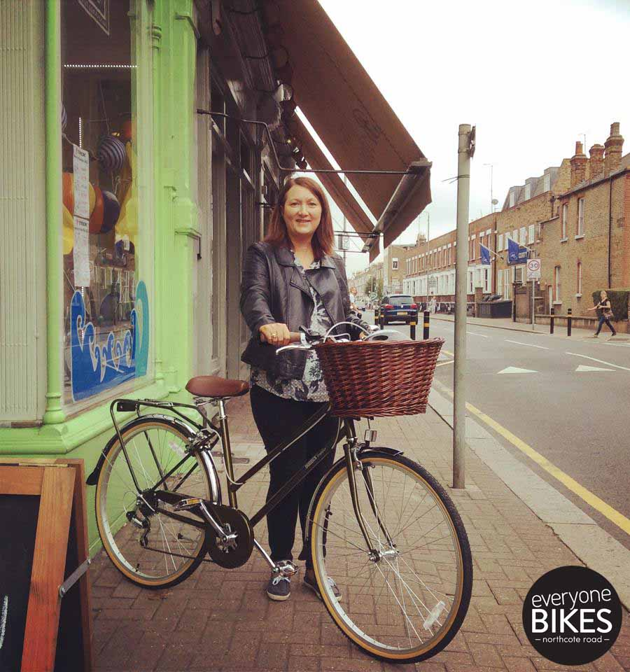 Check out Julia with her new ride Bobbin Bramble!
