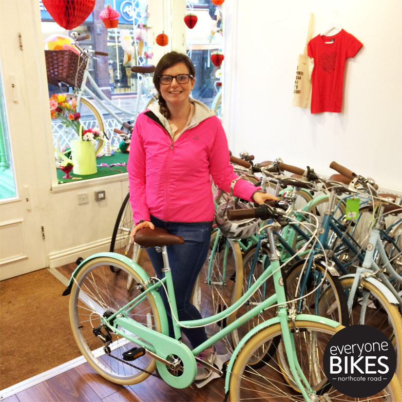 #HappyWednesday to Jessica & her new Mint Bobbin Bicycles Metropole! That colour is everything! We've got a few of these left... #HappyRiding