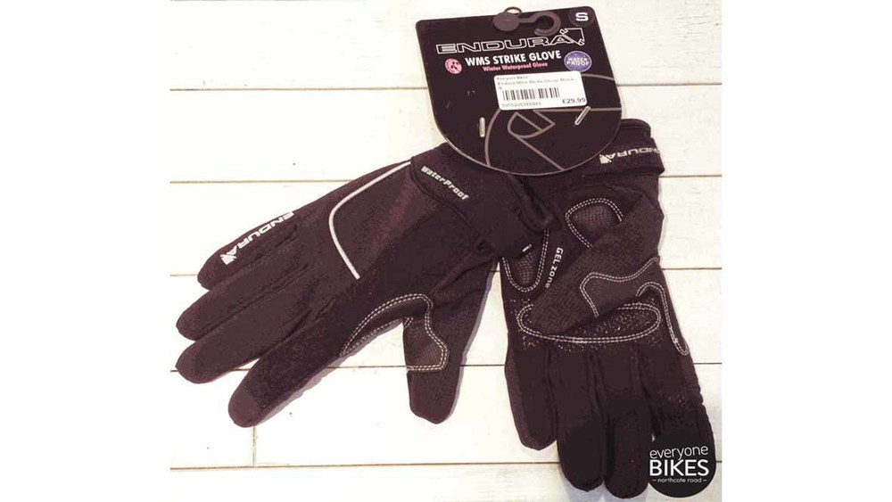 ENDURA STRIKE GLOVE FOR £29.99