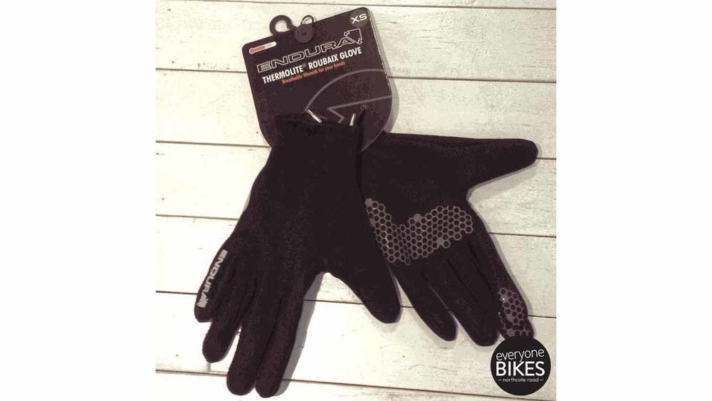 ENDURA THERMOLITE ROUBAIX GLOVES FOR £19.99