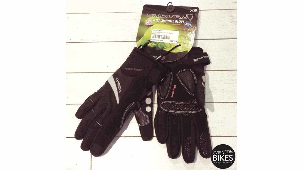 ENDURA LUMINITE GLOVES FOR £32.99