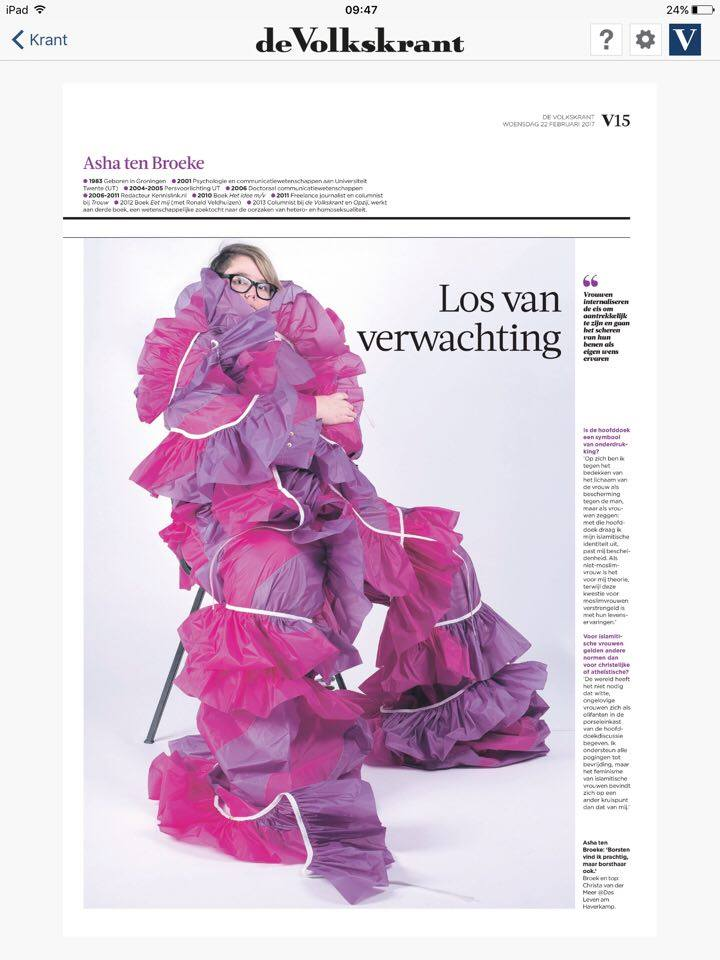 De Volkskrant interviews Asha ten Broeke, photo by Imke Panhuizen