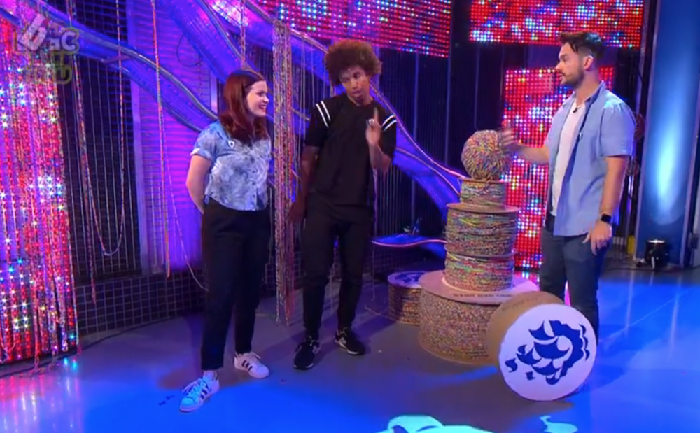BLUE PETER -COVER LOOM TO THE MOON WORLD RECORD!!!!!  http://www.bbc.co.uk/iplayer/episode/b06b955k/blue-peter-world-records-chart-toppers