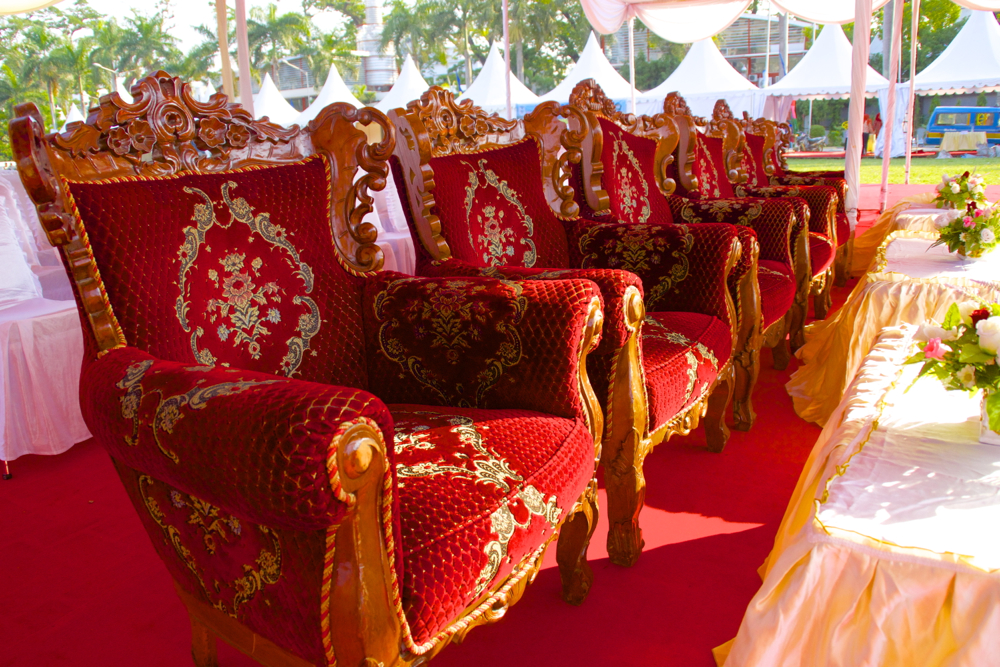 10 royal chairs.jpg