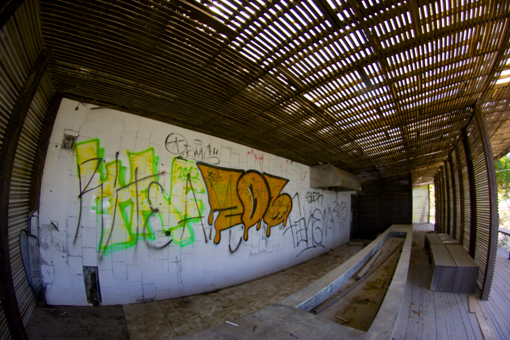 7 grafitti.jpg