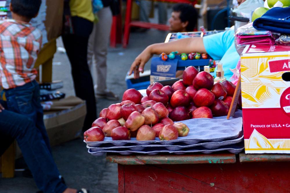 4 apples.jpg
