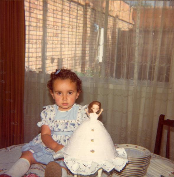Paola Amador Oliveros   1976