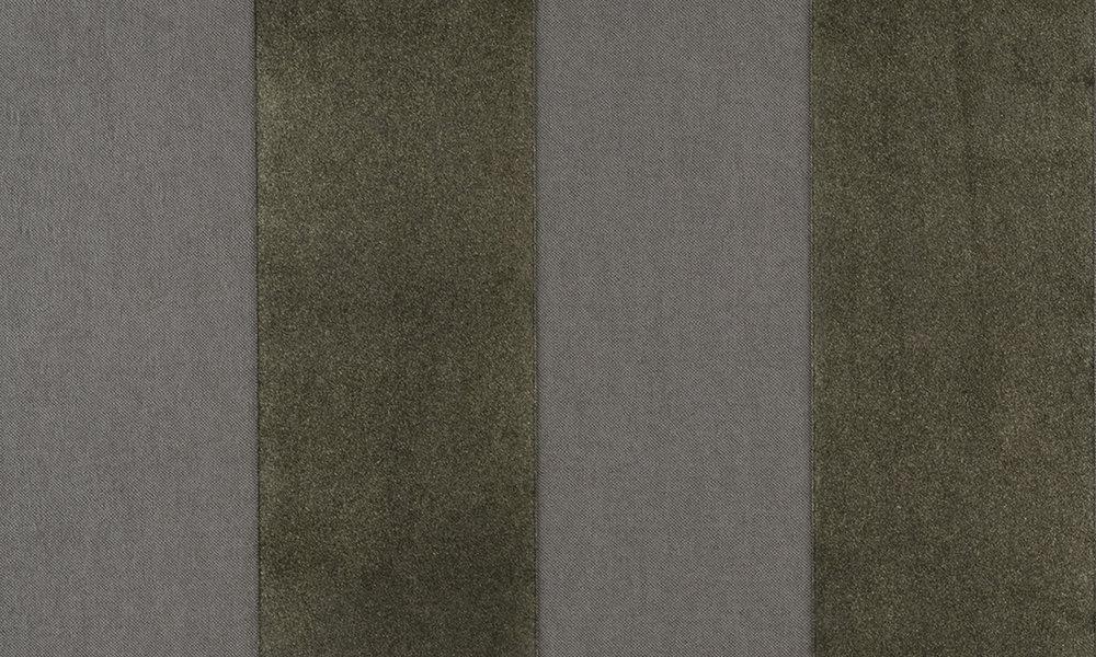 Colour 18100