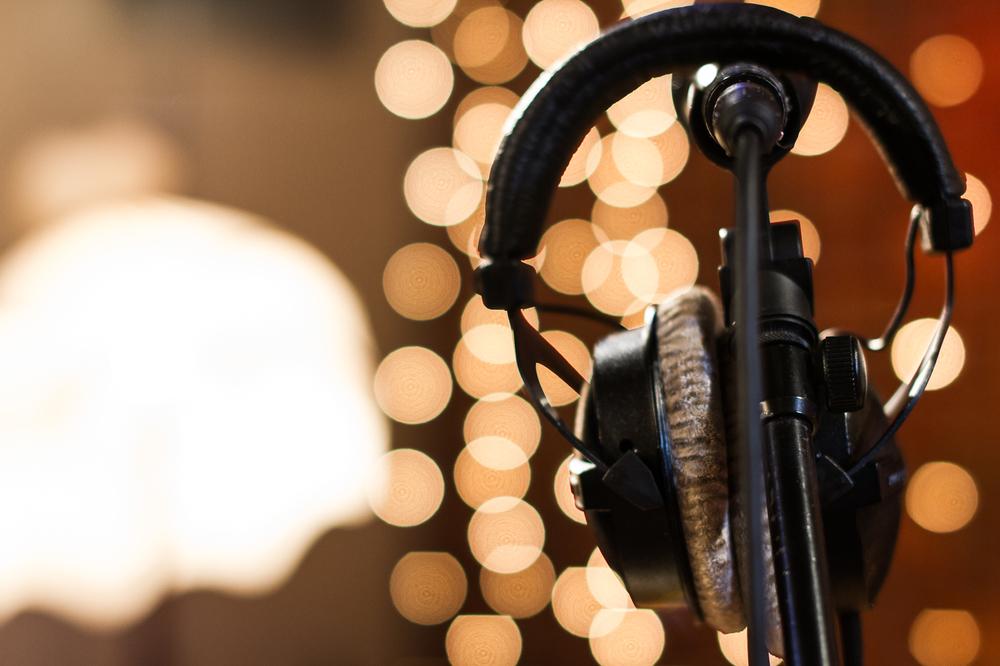 bFM Sound Session @ Roundhead Studios