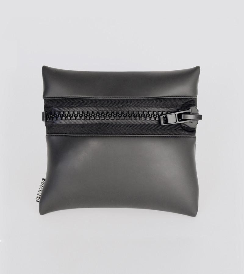 SumBum_Zip_Pouch_Black_Front_AUG_1024x1024.jpg