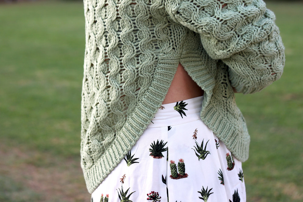 Green Sweater Topshop Shorts Faith in Style 3.jpg