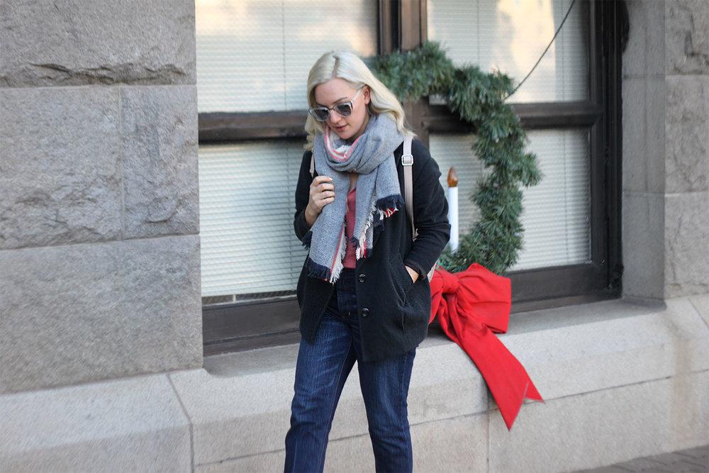 American Eagle jeans Faith in Style 4.jpg